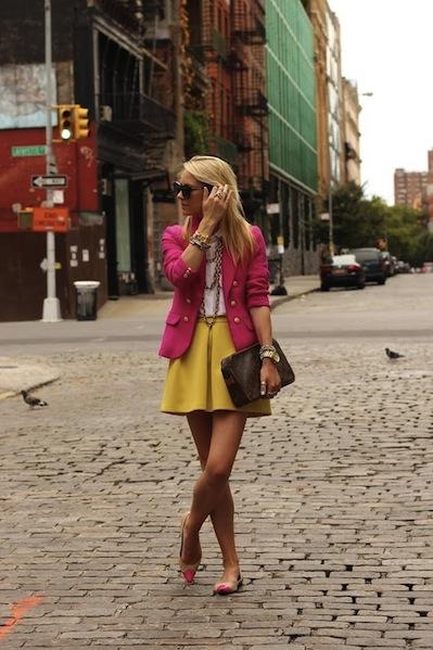 http://indulgy.com/post/eoMLtrUPg1/yellow-skirt