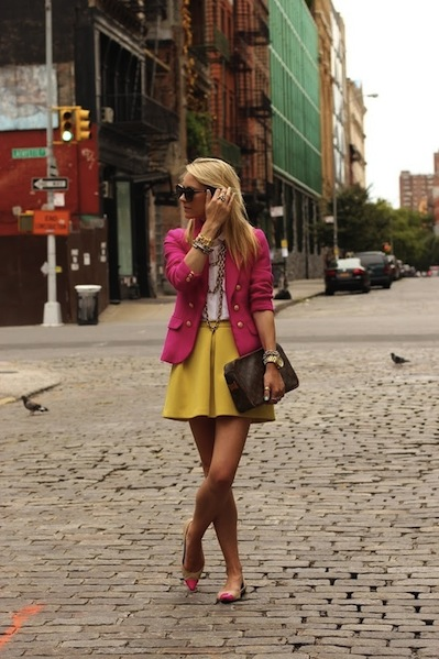 http://indulgy.com/post/eoMLtrUPg1/yellow-skirt