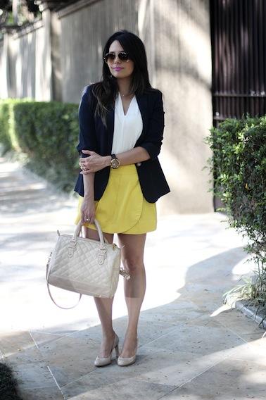 http://claudinhastoco.com/look-saia-amarela-com-blazer-azul/