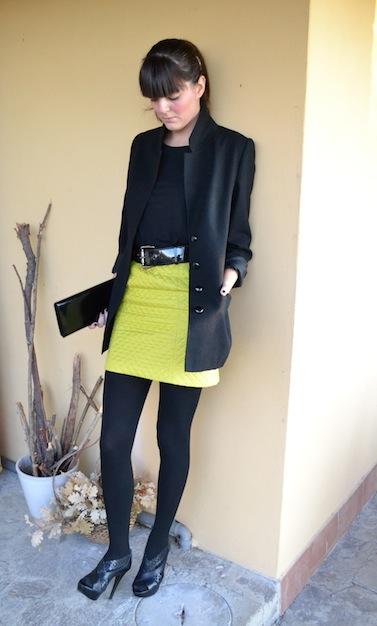 http://bornineightytwo.com/tag/blacky-dress/