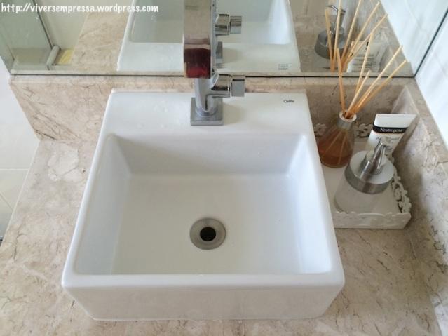 Pia do banheiro - DEPOIS