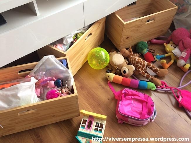 esconder brinquedo 3.JPG